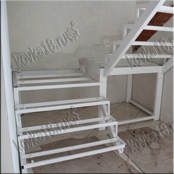 сварные лестницы из металла на второй этаж