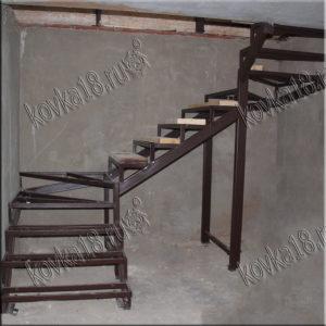 изготовить лестницу на второй этаж цена