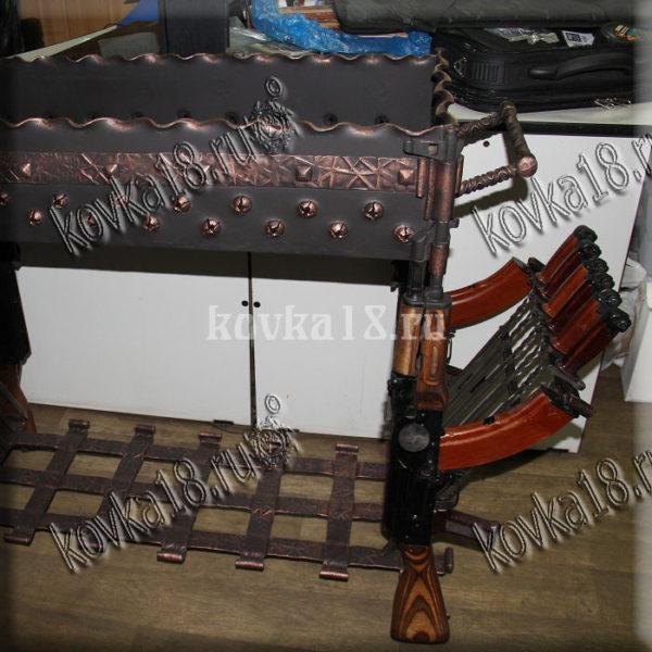 художественная ковка мебели из оружия это